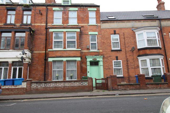 Thumbnail Terraced house for sale in Windsor Crescent, Bridlington, East Yorkshire