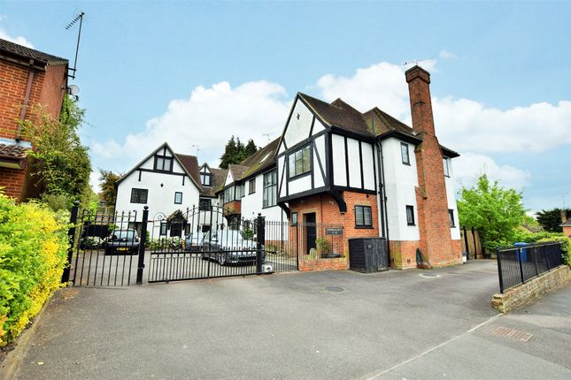 Thumbnail Terraced house to rent in Woodridge Close, Bracknell, Berkshire