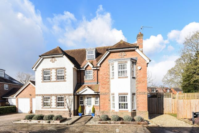 Thumbnail Detached house for sale in Chilterns End Close, Henley On Thames