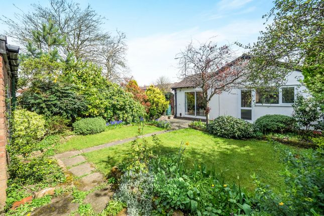 Thumbnail Detached bungalow for sale in Hathaway Drive, Woodloes Park, Warwick