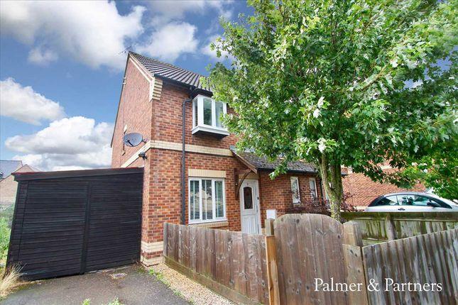 Main Picture of Broom Crescent, Ipswich IP3