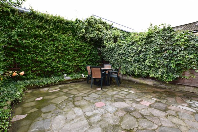 New kings road fulham sw6 4 bedroom terraced house for for 121 141 westbourne terrace london