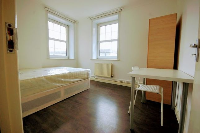 Thumbnail Flat to rent in Electric House, Bow Road, London