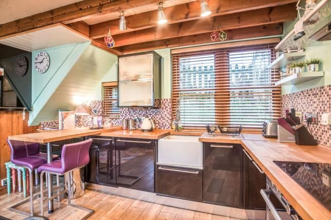 Kitchen of 4 Slip Top, High Street, Staithes, Saltburn-By-The-Sea TS13