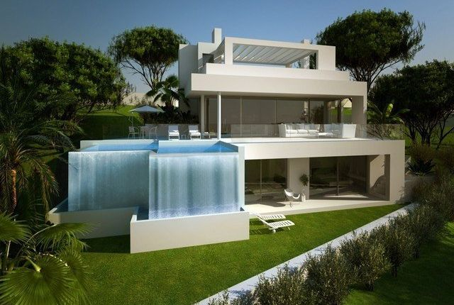 4 bed villa for sale in Estepona, Málaga, Spain