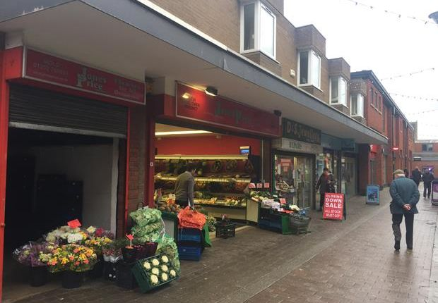 Thumbnail Retail premises to let in Daniel Owen Centre, Mold