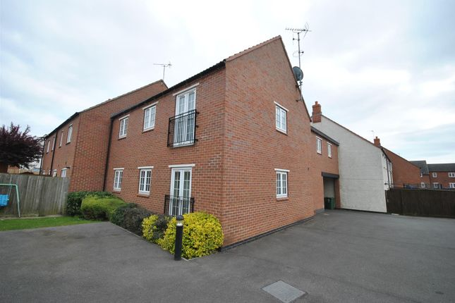Thumbnail Semi-detached house to rent in Cobble Close, Barrow Upon Soar, Loughborough