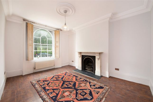 Thumbnail Maisonette for sale in Barnsbury Road, London