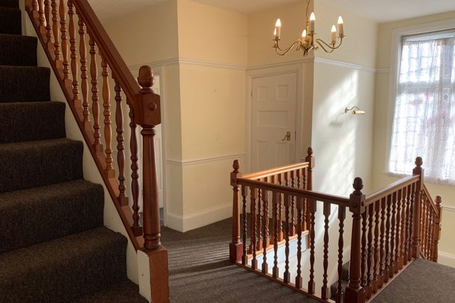 Thumbnail Flat to rent in Carisbrooke Drove, Mapperley Park, Nottingham