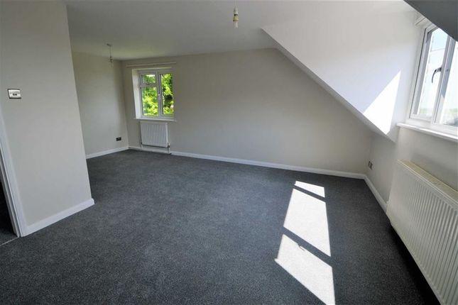Thumbnail Flat to rent in Eridge Road, Crowborough