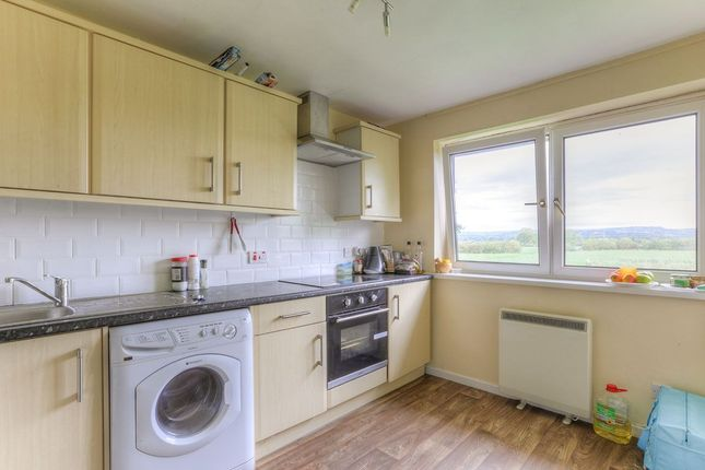 Thumbnail Flat to rent in Prestbury Close, Great Moor, Stockport