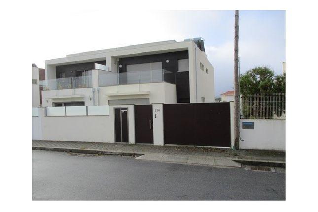 3 bed detached house for sale in Travessa Marinha, Madalena, Vila Nova De Gaia