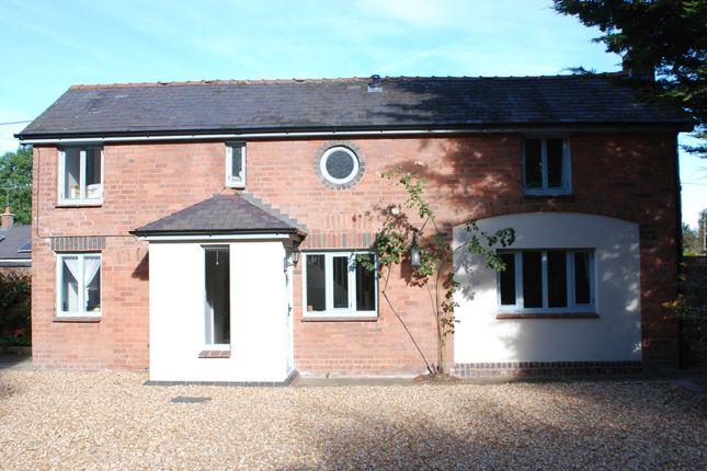 2 bed flat to rent in Burton Road, Rossett LL12