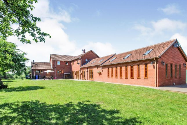 Thumbnail Detached house for sale in Wormley Hill, Sykehouse