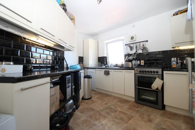 Property for sale in Crown Street, London