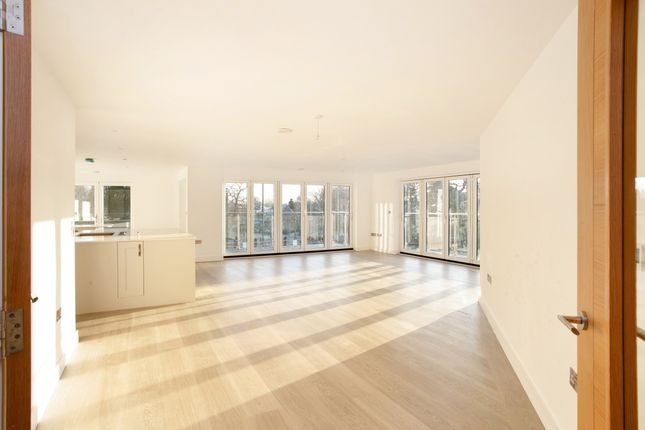 Flat to rent in Newbold Street, Leamington Spa