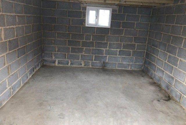 Parking/garage to rent in Hearne Close, Sittingbourne