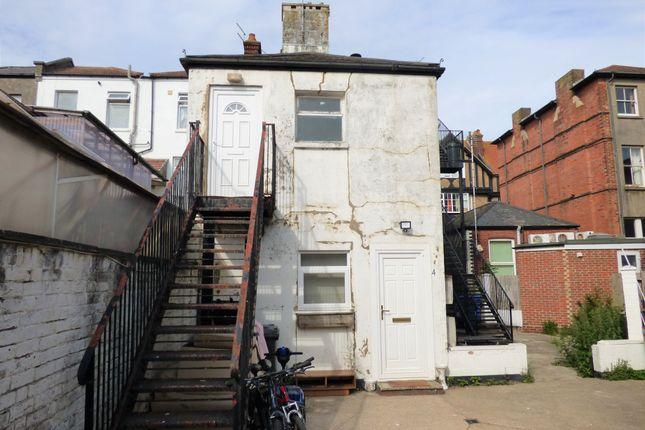 1 bed flat to rent in Beach Road, Littlehampton BN17