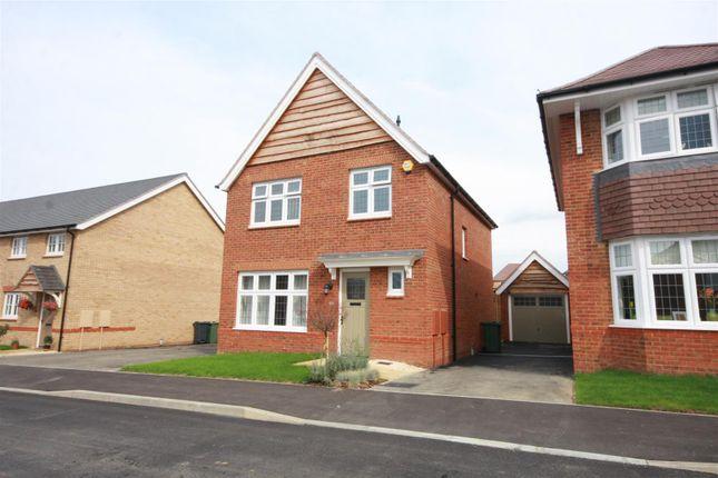 Thumbnail Detached house to rent in Phoenix Road, Marden, Tonbridge