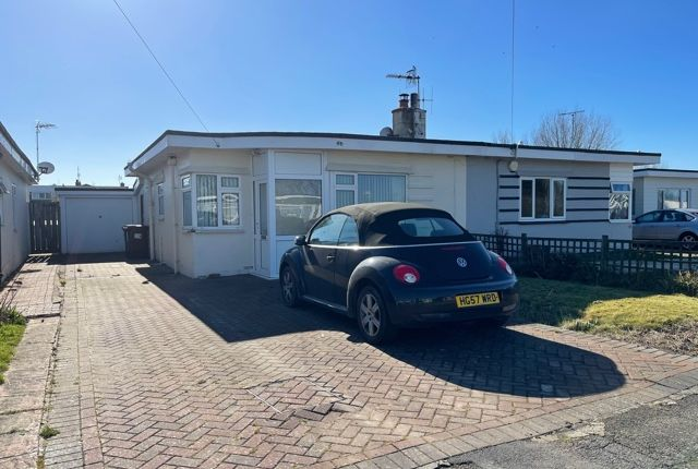 2 bed bungalow for sale in Westham Drive, Pevensey Bay BN24