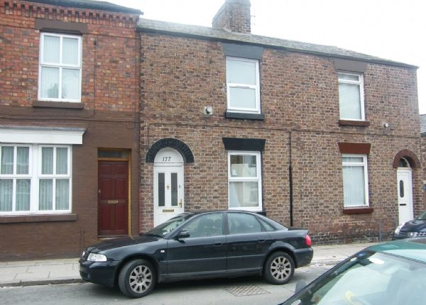 Thumbnail Terraced house to rent in Vale Road, Woolton, Liverpool