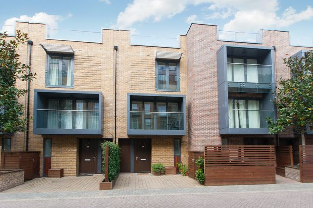4 bed town house for sale in Bromyard Avenue, London