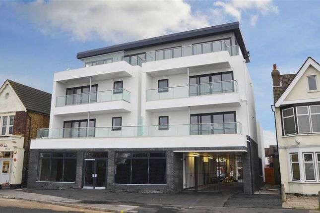 Thumbnail Flat to rent in 853 London Road, Westcliff-On-Sea, Essex