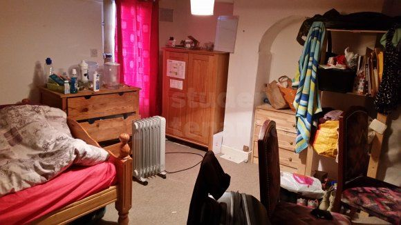 Shared accommodation to rent in Pagitt Street, Chatham, Medway