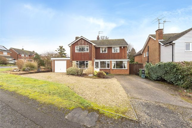 Thumbnail Detached house for sale in Pondwick Road, Harpenden, Hertfordshire