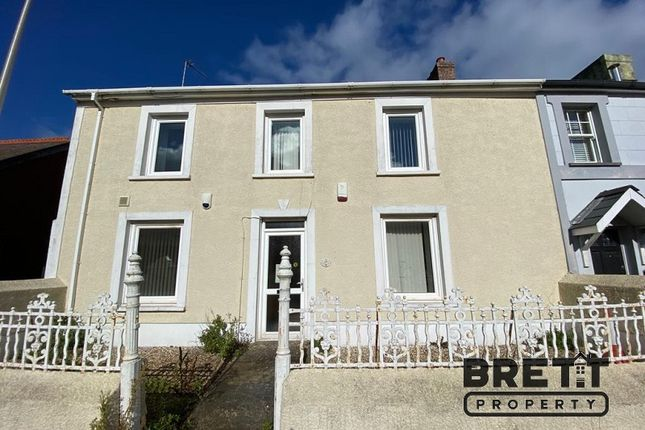 3 bed end terrace house to rent in Robert Street, Milford Haven SA73