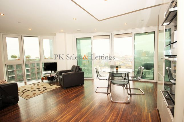 Thumbnail Flat for sale in Altitude Tower, London