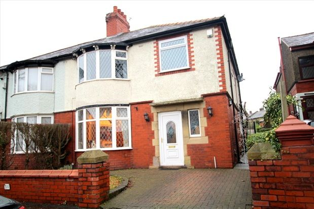 4 bed property for sale in Watling Street Road, Preston