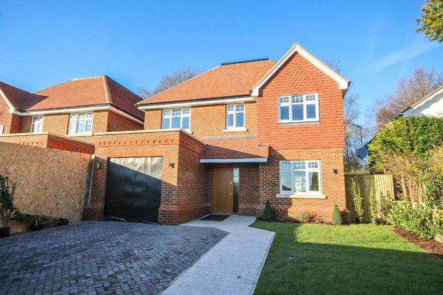 Thumbnail Detached house for sale in Ruxton Close, Coulsdon, Surrey
