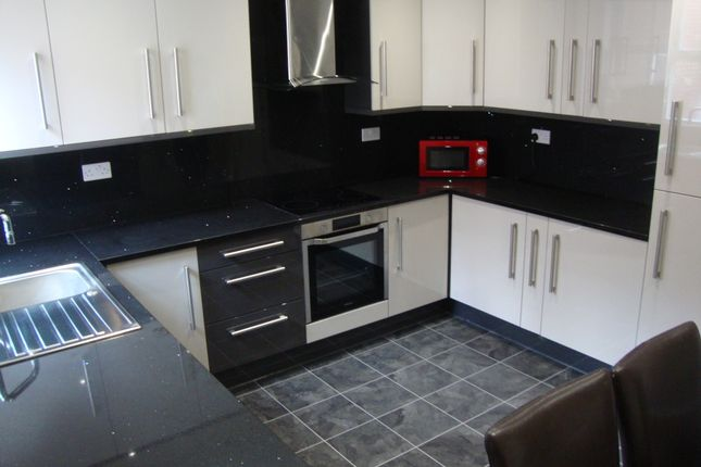 Thumbnail Flat to rent in Gell Street, Sheffield