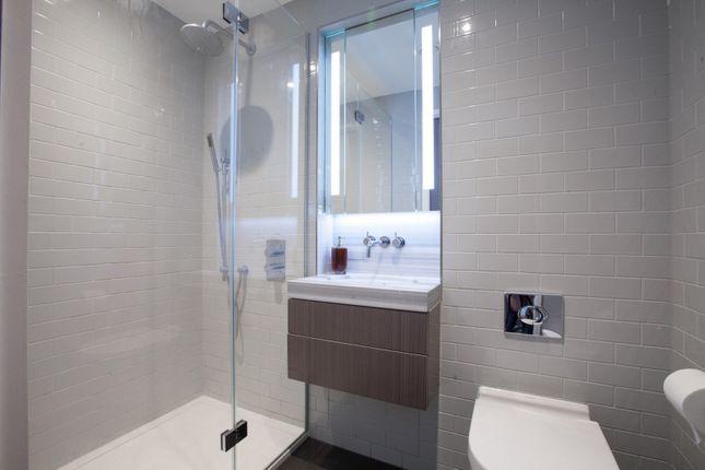 Bathroom of The Fulmar, Reminder Lane, Lower Riverside, Greenwich Peninsula SE10