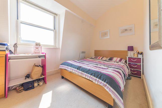 Master Bedroom of Ashburnham Place, Greenwich, London SE10
