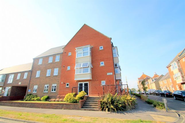 Thumbnail Flat to rent in Harbour Way, Shoreham-By-Sea