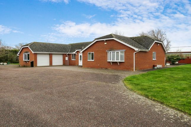 Thumbnail Detached bungalow for sale in Louies Lane, Roydon, Diss