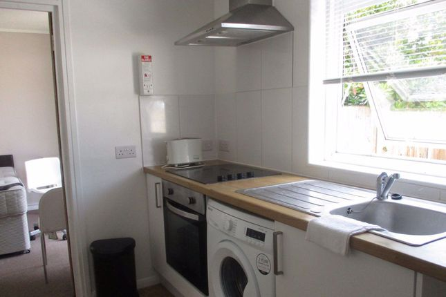 Thumbnail Property to rent in Becket Avenue, Canterbury