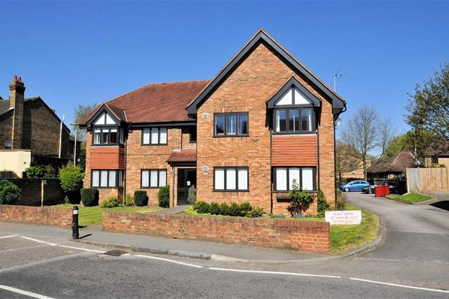 Thumbnail Property to rent in High Street, Colnbrook, Berkshire
