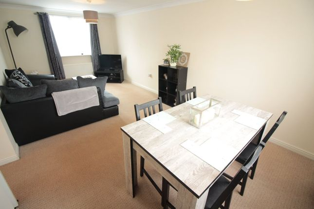 Thumbnail Flat to rent in Fosmaen House, Golden Mile View, Newport