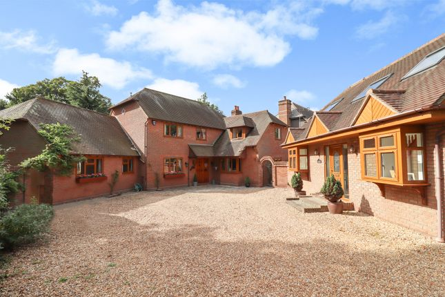 Thumbnail Detached house for sale in High Street, Hamble, Southampton