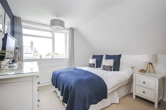 Bedroom of Field Close, Harpenden, Hertfordshire AL5