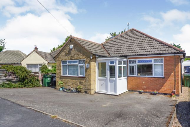 Thumbnail Bungalow for sale in Knights Crescent, Rothley, Leicester
