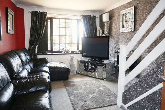 Lounge of Imogen Close, Fenpark, Stoke-On-Trent, Staffordshire ST43Qy ST4