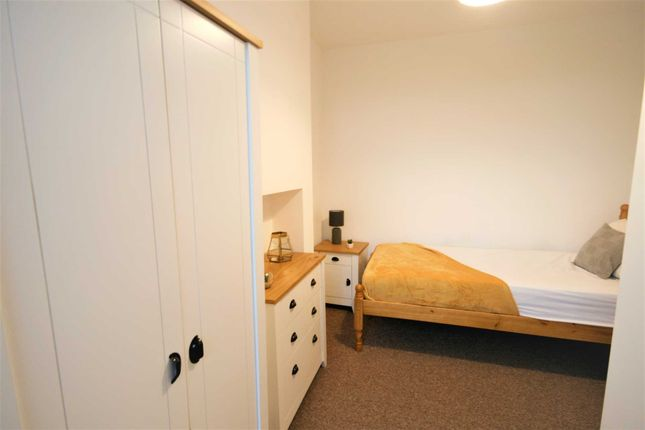 Thumbnail Room to rent in Queen Street, Sutton-In-Ashfield