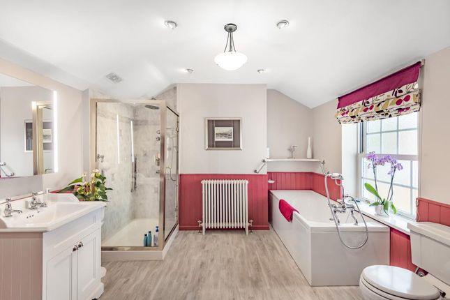 Bathroom of Boxmoor, Hemel Hempstead HP3