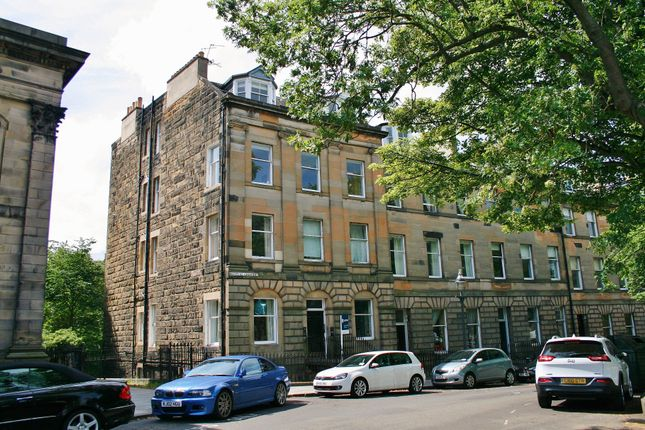 Thumbnail Flat for sale in 15/7 Bellevue Crescent, New Town, Edinburgh