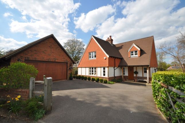 Thumbnail Detached house to rent in Grove Road, Guildford