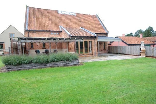 Thumbnail Barn conversion to rent in Snetterton, Norwich, Norfolk